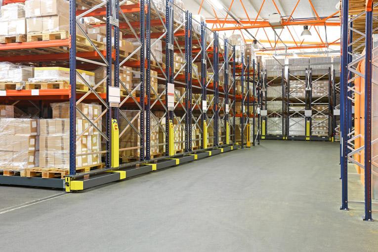 stockage de marchandises, entrepôt sécurisé près de Chartres
